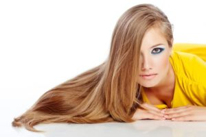 Haarpflege mit Ölen: Spenden die Öle den Haaren Feuchtigkeit?